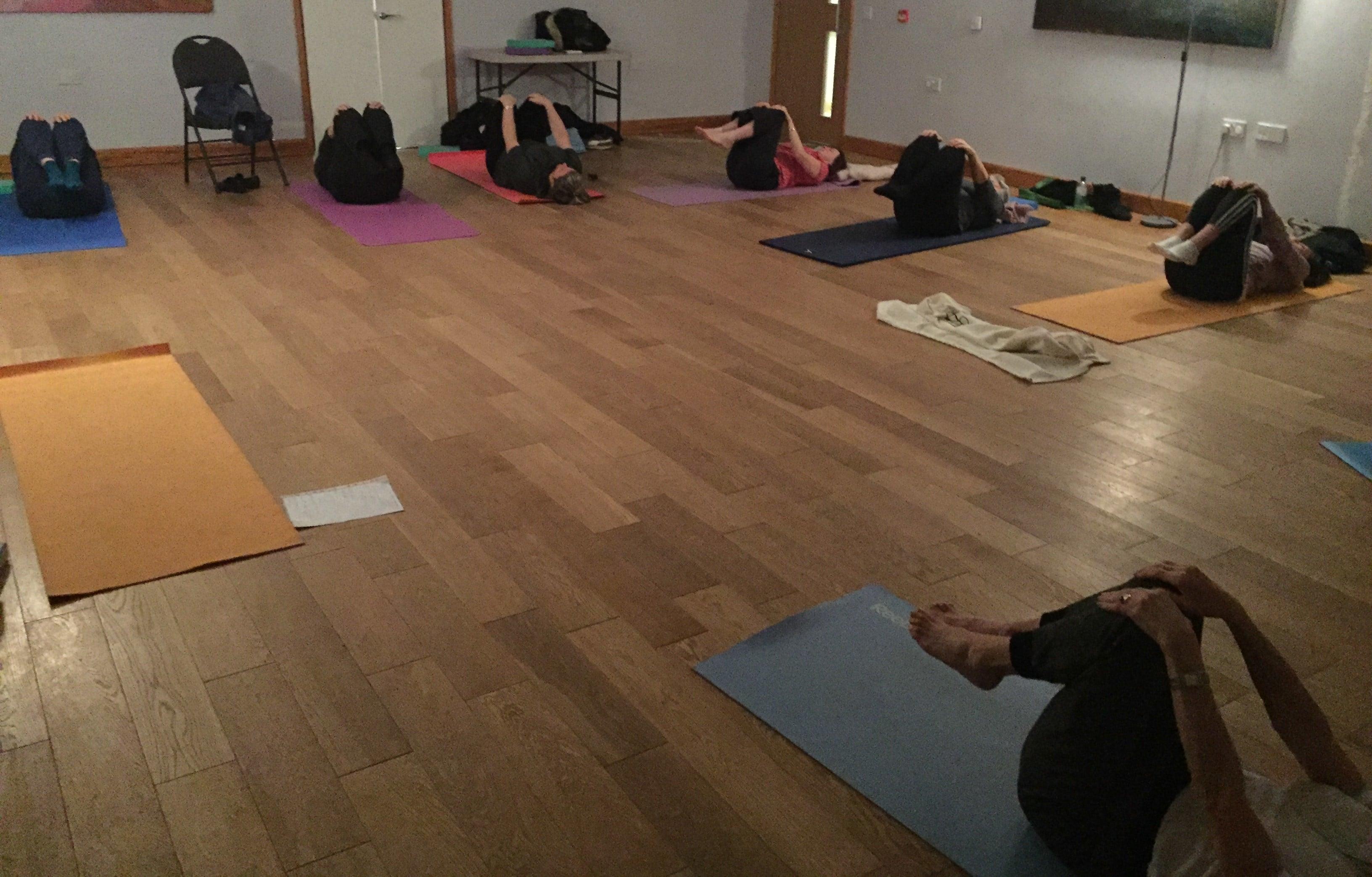 women only yoga, park street, st albans, radlett, stacey landau, yoga, classes